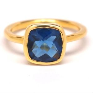 ✨Anthropologie Gold Sapphire Blue Quartz Ring✨